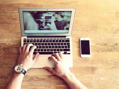 6 คำเปลี่ยนไปเมื่อชาวเน็ตใช้ในสื่อออนไลน์ 6 Words Differently Used Online