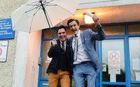 ประเทศไอร์แลนด์ยินดีกับ คู่แต่งงานเพศเดียวกัน คู่แรก