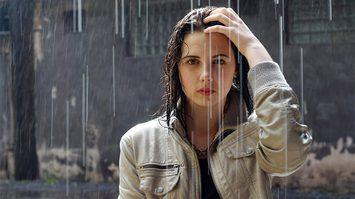 วิธีดูแลเส้นผมหน้าฝน ไม่ให้คันหัว | เคล็ดลับรักษาสุขภาพ