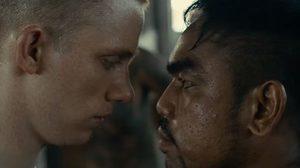 ต้องสู้เท่านั้นถึงจะรอด! บิลลี่ มัวร์ เป็นนักโทษจากคุกไทย ในตัวอย่างแรก A Prayer Before Dawn