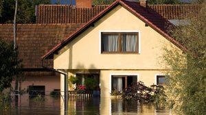 น้ำท่วมบ้าน ต้องรู้! วิธีรับมือ จัดการกับระบบไฟฟ้า เมื่อประสบอุทกภัย
