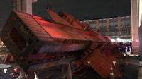รถเครนยกแผ่นปูนพลิกคว่ำ ทับคนงานเสียชีวิต 3 คน หน้าวัดดอนเมือง