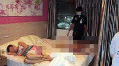 สยอง! หนุ่มคาซัคฯตายปริศนา แฟนสาวซดเหล้านอนกอดศพทั้งวัน