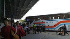 หมอชิตแน่น ประชาชนทยอยเดินทางกลับกรุง บขส.เพิ่มรถเสริมรองรับผู้โดยสาร 13,000 คน