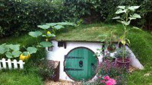 ไอเดียสุดเจ๋ง!! สร้าง ห้องใต้ดิน ไว้สวนหลังบ้าน