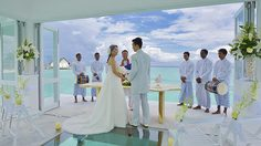 ชวนดู! ภาพงานแต่งงาน ณ กระโจมแต่งงานกลางมัลดีฟส์สุดโรแมนติก