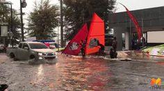 พายุฝนกระหน่ำ! พัทยาจมบาดาล นักท่องเที่ยวเล่นกระดานโต้คลื่น