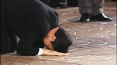 จำกันได้ไหม ?? วันนี้เมื่อ 10 ปีที่แล้ว 'ทักษิณ' ก้มกราบแผ่นดินไทย หลังกลับปท.อีกครั้ง