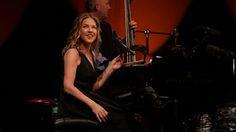 ไดอานา ครอลล์ เสิร์ฟคอนเสิร์ตแจ๊สแห่งปีสุดประทับใจ
