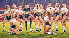 อยากเจอทีมนี้!! PLAYBOY Russia ต้อนรับฟุตบอลโลกด้วยสาวๆ เซ็กซี่ 11 คน