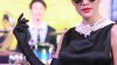 ก้อย-รัชวิน โชว์ลีลาในคอนเซ็ปต์ย้อนยุค กับงาน Forever Cabriolet 2012