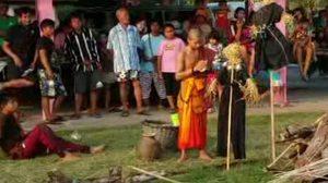 ชาวบ้านที่ชัยภูมิผวา!! โร่นิมนต์พระปราบผี หลังมีเสียงร้องโหยหวนรอบหมู่บ้าน