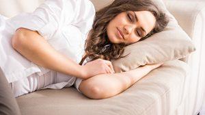 รู้สึกง่วงระหว่างวัน ต้องงีบนานแค่ไหนถึงจะเป็นผลดีต่อร่างกาย?