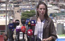 """""""แองเจลินา โจลี"""" เยี่ยมค่ายผู้อพยพตอนเหนือของอิรัก"""