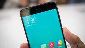 ไลน์ผลิต Xiaomi Mi 6 หยุดชะงัก!! เจอปัญหาชิปเซ็ตและบอดี้เซรามิคขาดตลาด
