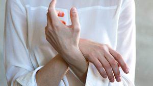 การดูแลรักษามือและข้อมือ ด้วย 6 วิธีง่ายๆ