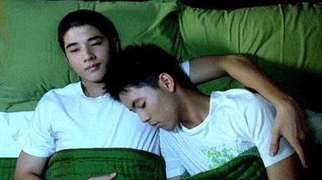 รื้อหิ้งหนังเก่า : 'รักแห่งสยาม' (2007) 10 ปีแห่งหนังรักที่ทั้งอ่อนโยนและอื้อฉาวที่สุดครั้งหนึ่งของวงการหนังไทย
