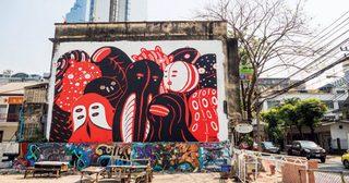 เมื่อศิลปะสื่อสารเรื่องราวผ่านชุมชนเก่าแก่ ในเทศกาล 'บุกรุก'