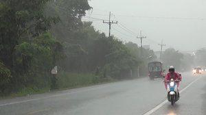 อุตุฯ เผยเหนืออีสานตอ.กลางและกทม. มีฝนฟ้าคะนองลมแรง