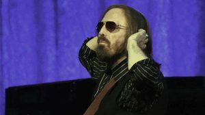 ตำนานเพลงร็อก Tom Petty หัวใจล้มเหลว เสียชีวิตแล้ว!