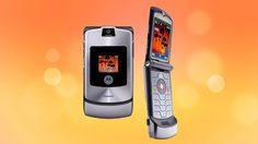 มันเป็นเทรนด์ย้อนยุค!! Motorola RAZR มือถือฝาพับในตำนานเตรียมรีเทิร์น