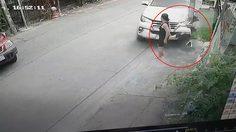สาวรอดปาฏิหาริย์ จากอุบัติเหตุรถชน หลังรถพุ่งชนเสาไฟฟ้าก่อนจะแฉลบมาโดนตัว
