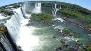น้ำตก Iguazu อลังการน่านน้ำ หนึ่งในมรดกโลก