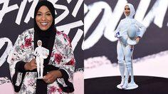 อวดโฉม! ตุ๊กตาบาร์บี้คลุมฮิญาบตัวแรก ต้นแบบจาก 'อิบติฮัจ มูฮัมหมัด' นักฟันดาบสหรัฐฯ