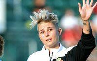 Michelle Heyman นักฟุตบอลหญิงออสเตรเลีย ยอมรับตัวตนและมีความสุขกับมัน