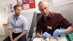เฟซราชวงศ์อังกฤษ ถ่ายทอดสด เจ้าชายแฮร์รีทรงตรวจหาเชื้อ HIV
