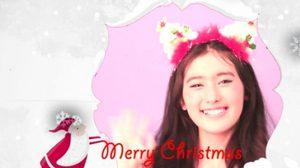 น่ารักเว่อร์ สาวๆ high schoolgirl อวยพร Christmas Day