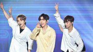 เหล่าซูเปอร์ไอดอล ปล่อยพลังความมันบนเวที 2017 BANGKOK SUPER LIVE
