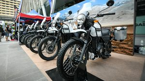 Royal Enfield ส่งมอบ Himalayan ให้แก่ลูกค้ากลุ่มแรกในประเทศไทย