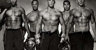 มองหนุ่มนักดับเพลิงฝรั่งเศสฮ๊อตๆ ช่วยโลกได้ค่ะ