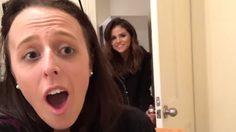 น่ารักขั้นสุด! Selena Gomez บุกเซอร์ไพร้ส์แฟนคลับถึงบ้าน!!