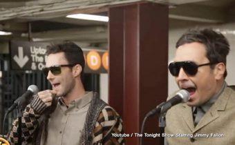 Maroon5-จิมมี แฟลลอน เซอร์ไพรส์แฟนเพลงที่รถไฟใต้ดิน