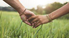 ความรักที่ดี ต้องมีมากกว่าแค่รัก! มอง 5 ปัจจัยเสริม ที่จะทำให้รักของคุณไปรอด