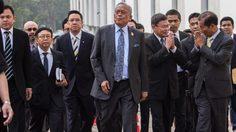 สุเทพ นำ กปปส. ขึ้นศาล ปัดกบฏ จ่อขอความเป็นธรรมให้อัยการถอนฟ้อง