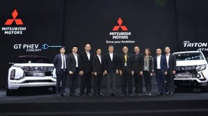 Mitsubishi สรุปยอดจอง 2,260 คัน พร้อมรับรางวัลด้านคุณภาพในการบริการจากงาน Motor Expo 2017
