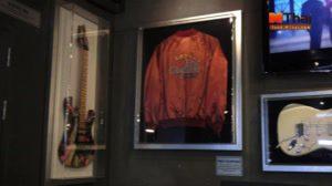 ร้าน Hard Rock Cafe (ฮาร์ดร็อค คาเฟ่) Bangkok สยามสแควร์