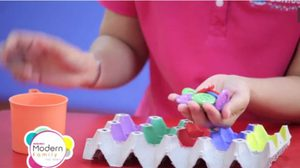 ชวนคุณแม่มาทำของเล่น เสริมพัฒนาการลูกน้อย ด้วย ของเหลือใช้ภายในบ้าน Matching Color