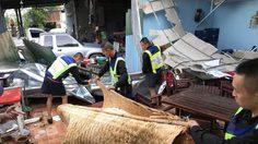 กองบิน 46 พิษณุโลก ออกช่วยเหลือประชาชนบ้านเรือนพัง หลังเจอฝนหนัก