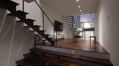 น้อยแต่มาก เรียบแต่เท่! ทาวน์เฮ้าส์ 3 ชั้น จากฝีมือสถาปนิกชาวญี่ปุ่น Fujiwara Muro
