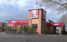 KFC ปิดหลายร้อยสาขาในอังกฤษ-เหตุขาดแคลนไก่