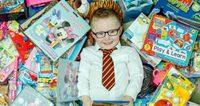 น่ารักมาก! หนุ่มน้อยวัย 5 ขวบ บริจาคของขวัญที่ได้ในวันเกิดให้เด็กกำพร้า