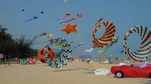ชวนเที่ยว เทศกาลว่าวไทยและว่าวนานาชาติ จ.เพชรบุรี