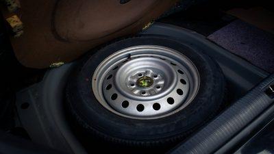 เหตุผลที่ว่าทำไมถึงต้อง สลับยาง และ สลับยาง แบบไหนจึงจะถูกต้องกับรถคุณ