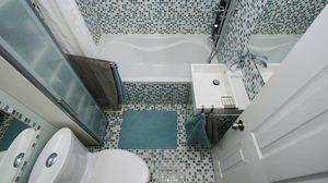 7 วิธีจัดเก็บของใช้ ใน ห้องน้ำ ขนาดเล็ก โดยไม่ใช้ ตู้ หรือ ลิ้นชัก ให้เปลืองพื้นที่!