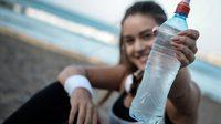 ไขข้อสงสัย ขวดน้ำพลาสติก นำกลับมาใช้ใหม่ อันตรายแค่ไหน?