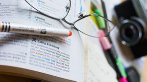 5 ตัวช่วยง่ายๆ ทำให้อ่านหนังสือได้ A